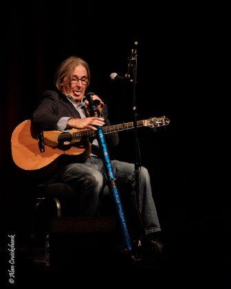Dougie MacLean, 12/10/2017 Strathpeffer Pavilion
