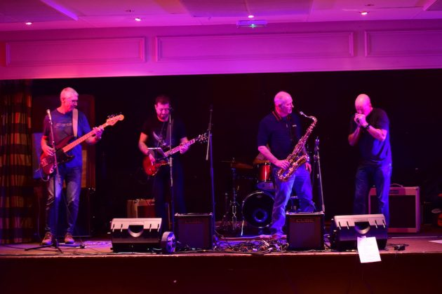 Screaming Mojos at Charity Fundraiser, Elgin 11:11:2017