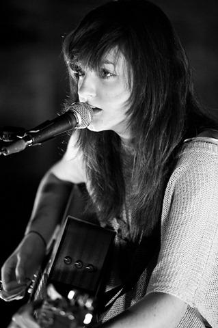 DSC 9144 thumb - Katie Sutherland talks to invernessGiGs