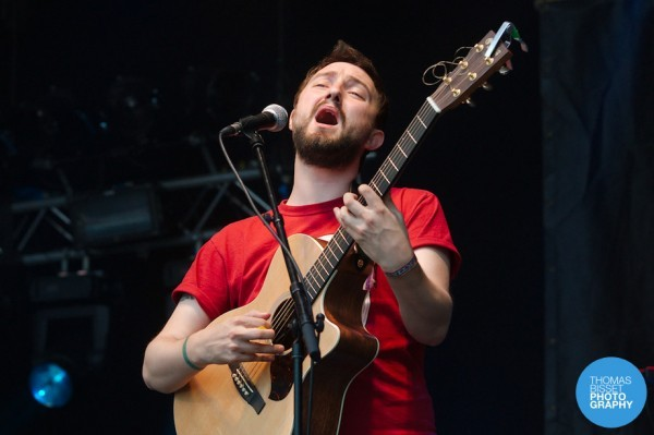 TBP Admiral Fallow at Belladrum 2013  DSC6610 600x399 - Bringing the crowd together