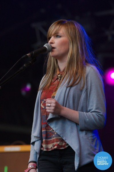 TBP Admiral Fallow at Belladrum 2013  DSC6646 399x600 - Bringing the crowd together