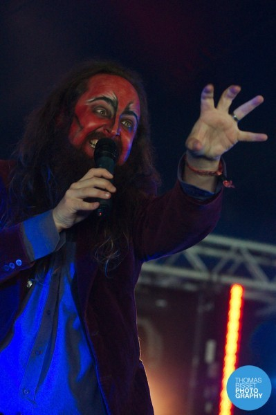 TBP Toby Michaels Rolling Damned at Belladrum 2013  DSC6150 399x600 - Saturday shine