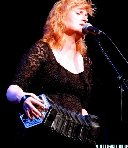 Eddi Reader 23 516x600 - Eddi tops the show