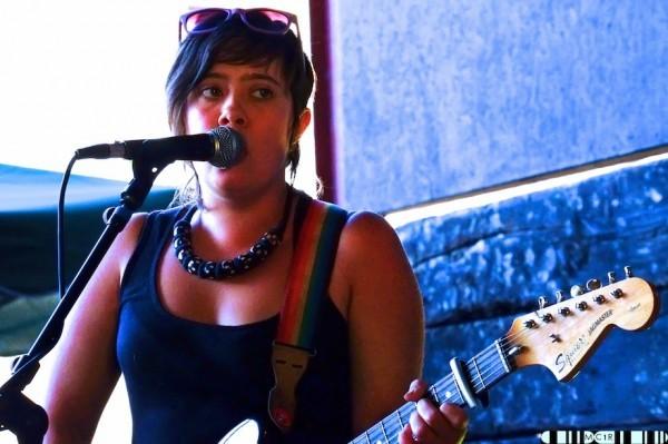 Sara Bills and the Hasbeens 3 600x399 - The sun shines on Jocktoberfest