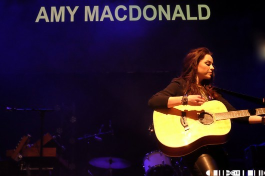 Amy MacDonald 2 530x353 - A Night for Scotland: Vote Yes - Pictures