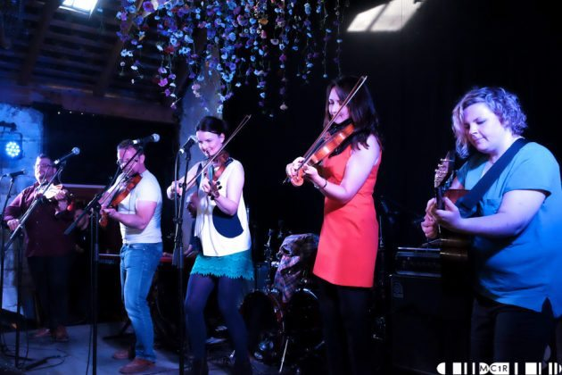 Blazin Fiddles at Brew at the Bog 2016 5  630x420 - Blazin Fiddles Brew at the Bog 2016 - Pictures