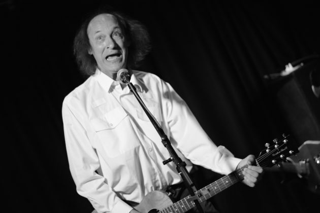 John Otway at Mad Hatters Inverness 2 630x420 - John Otway, 14/08/16 - Images
