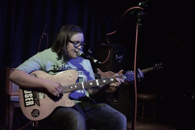 Sarah Williamson at Mad Hatters Inverness 1 630x420 - John Otway, 14/08/16 - Images
