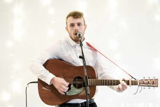 Dylan Tierney at Northen Roots 2017  530x354 - Dylan Tierney to support Calum Beattie
