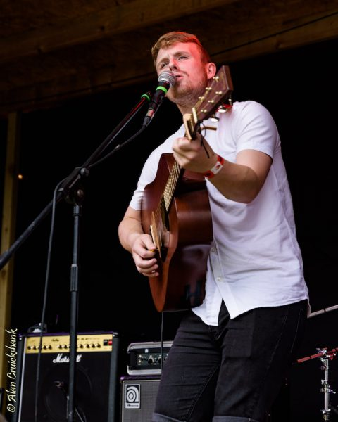 Dylan Tierney at Woodzstock 2017 480x600 - Dylan Tierney to support Calum Beattie