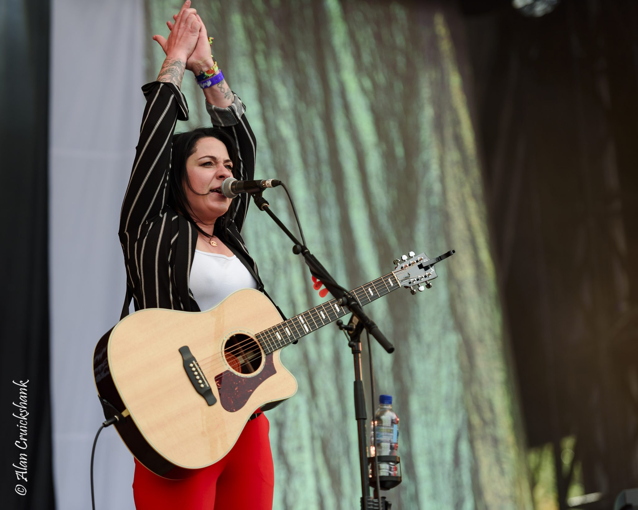 urNKz - Lucy Spraggan Friday Belladrum 2018 - IMAGES