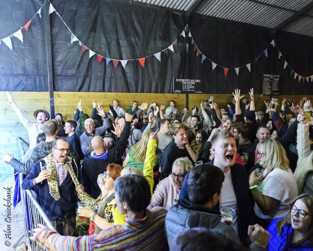 Crowd at Jocktoberfest 2018 20a - Jocktoberfest 2018 , Friday (Folk) - Images