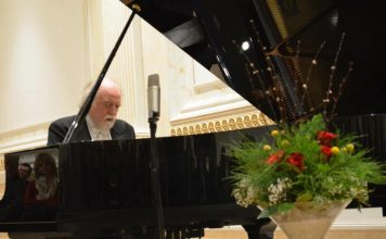 LIVE REVIEW – Peter Donohoe, 1/10/2018
