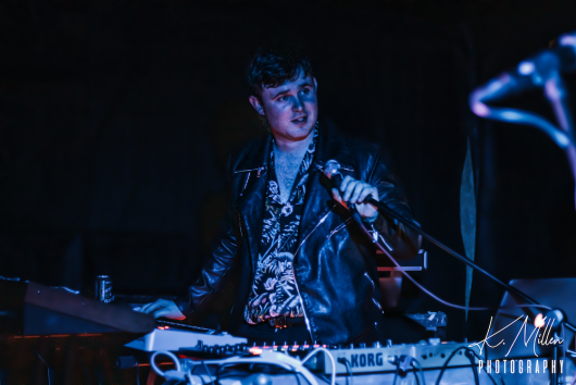 Beta Waves at Tooth Claw Inverness 0151 530x354 - Tenement TV Tour, 27/4/2019 - Images