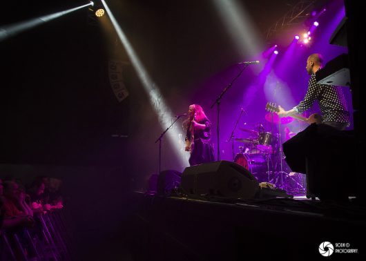 UFO with Tara Lynch at Ironworks in March 2019 571 530x378 - REVIEW AND IMAGES - UFO, Ironworks Inverness.