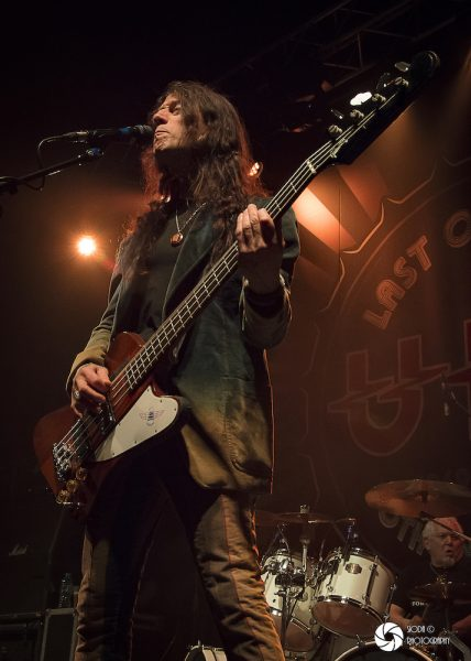 UFO with Tara Lynch at Ironworks in March 2019 719 428x600 - REVIEW AND IMAGES - UFO, Ironworks Inverness.