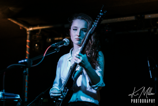 Zoe Graham at Tooth Claw Inverness 0046 530x354 - Tenement TV Tour, 27/4/2019 - Images