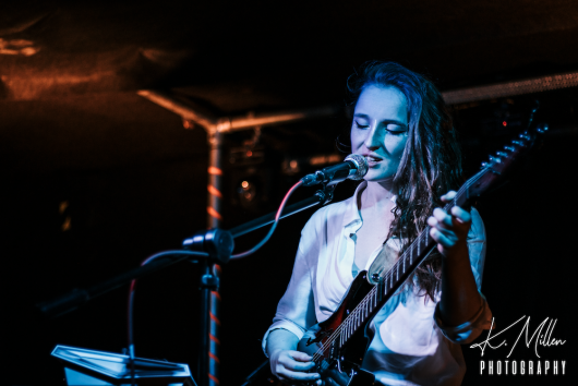 Zoe Graham at Tooth Claw Inverness 0057 530x354 - Tenement TV Tour, 27/4/2019 - Images