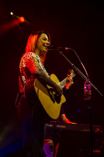 Lucy Spraggan at Ironworks Inverness 22 400x600 - Lucy Spraggan, 2/5/2019 - Images