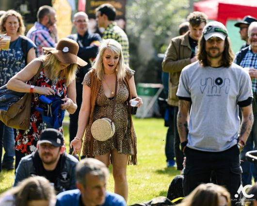 Folk at Woodzstock 2019 111 530x424 - Folk at Woodzstock - IMAGES