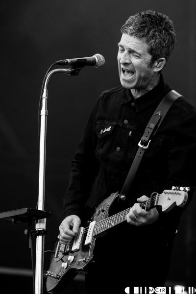 Noel Gallaghers High Flying Birds Bught Park Inverness June 2019 3 400x600 - Noel Gallagher's High Flying Birds, 8/6/2019- Images