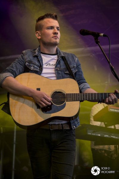 Tide Lines at The Gathering 2019 7330 400x600 - Tide Lines at The Gathering 2019 - Images