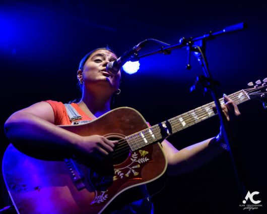Yasmin Kiddle at Ironworks July 2019 3 530x424 - Ocean Colour Scene, 30/7/2019 - Images