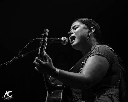 Yasmin Kiddle at Ironworks July 2019 8 530x424 - Ocean Colour Scene, 30/7/2019 - Images