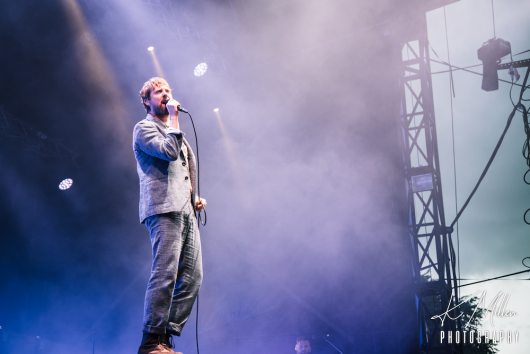 KAISER CHIEFS at Northern Meeting Park August 2019 1 530x354 - Kaiser Chiefs, 17/8/2019 - Images