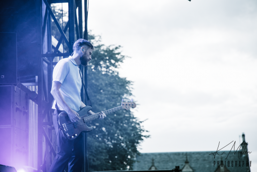 KAISER CHIEFS at Northern Meeting Park August 2019 11 530x354 - Kaiser Chiefs, 17/8/2019 - Images