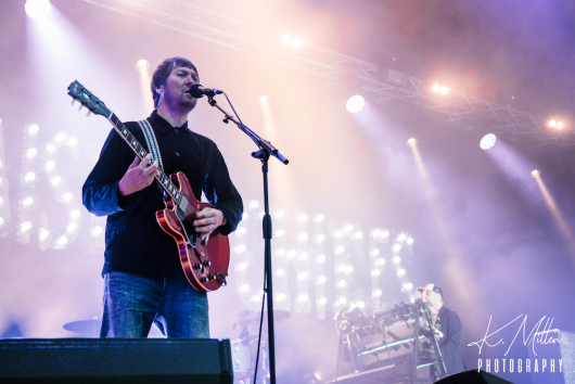 KAISER CHIEFS at Northern Meeting Park August 2019 4 530x354 - Kaiser Chiefs, 17/8/2019 - Images
