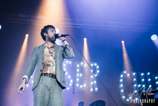 KAISER CHIEFS at Northern Meeting Park August 2019 7 530x354 - Kaiser Chiefs, 17/8/2019 - Images