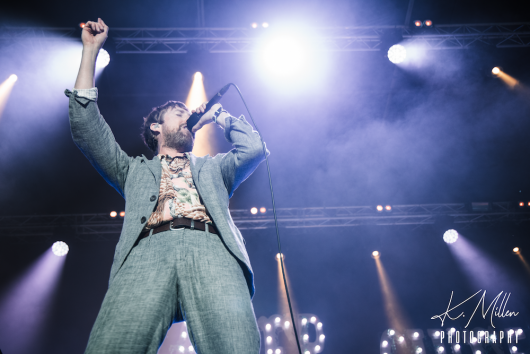 KAISER CHIEFS at Northern Meeting Park August 2019 8 530x354 - Kaiser Chiefs, 17/8/2019 - Images