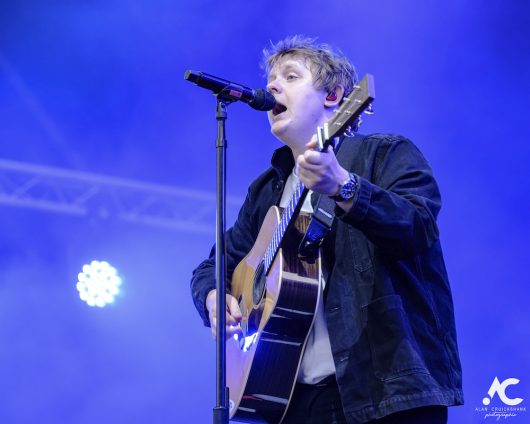 Lewis Capaldi Belladrum 2019 12 530x424 - Lewis Capaldi, Belladrum 2019 - Images