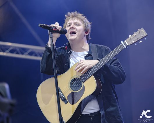 Lewis Capaldi Belladrum 2019 13 530x424 - Lewis Capaldi, Belladrum 2019 - Images