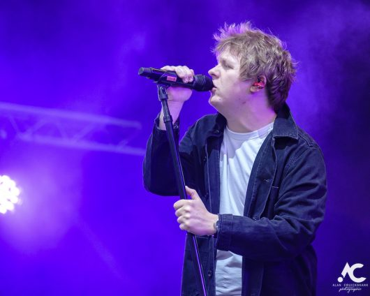 Lewis Capaldi Belladrum 2019 19 530x424 - Lewis Capaldi, Belladrum 2019 - Images