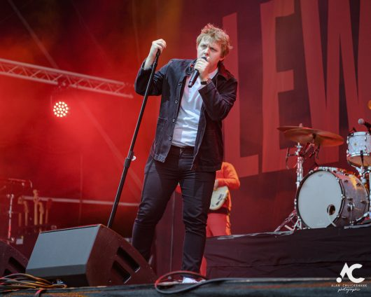 Lewis Capaldi Belladrum 2019 9 530x424 - Lewis Capaldi, Belladrum 2019 - Images