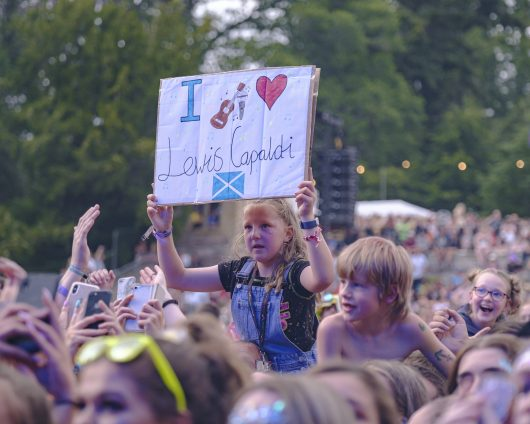Lewis Capaldi fans Belladrum 2019 22 530x424 - Saturday Folk, Belladrum 2019