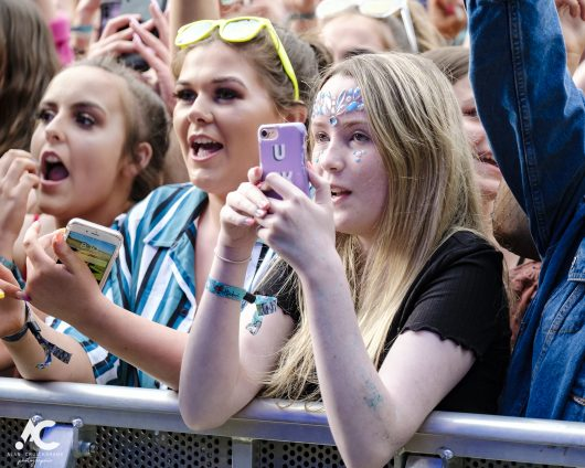 Lewis Capaldi fans Belladrum 2019 24 530x424 - Saturday Folk, Belladrum 2019