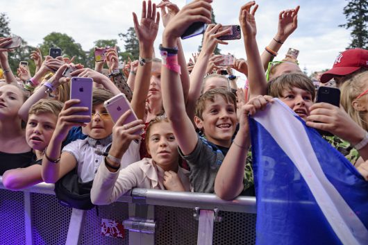 Lewis Capaldi fans Belladrum 2019 3 530x353 - Saturday Folk, Belladrum 2019