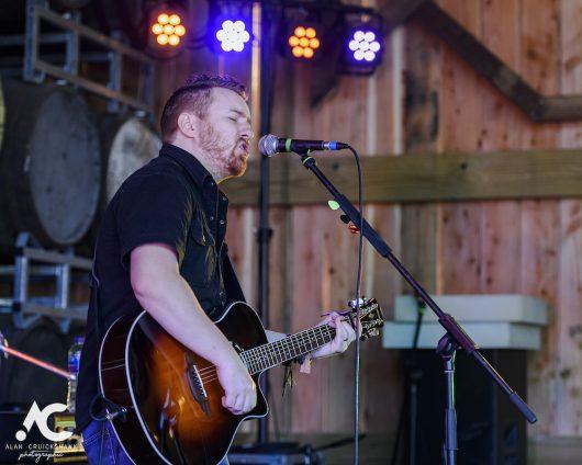 Photographs of Danny Mortimer on the Hayloft Stage 892019. 124 530x424 - Jocktoberfest, 7/9/2019 - Images