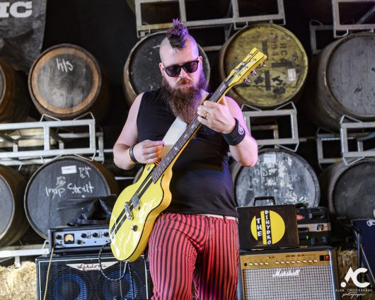 Photographs of The Dihydro on the Hayloft Stage 892019. 86 530x424 - Jocktoberfest 2019, Saturday - Review