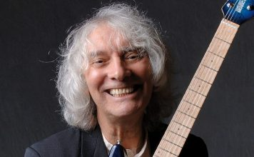 Albert Lee for Beaufort Hotel gig