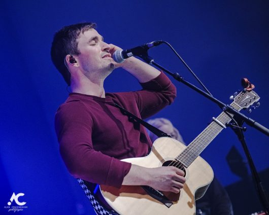 Gordon James and The Power acoustic Strathpeffer Pavilion February 2020 14a 530x424 - Tom Walker, 7/2/2020 - Images and Review