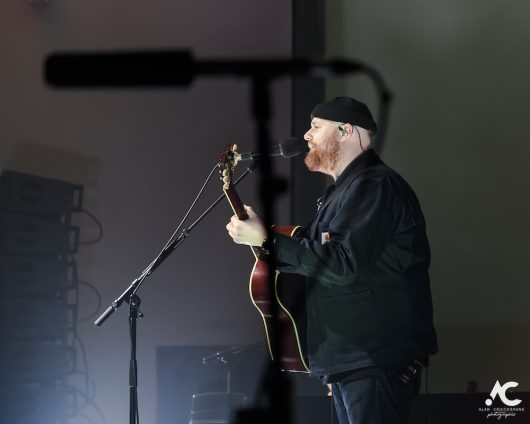 Tom Walker Strathpeffer Pavilion February 2020 12 530x424 - Tom Walker, 7/2/2020 - Images and Review