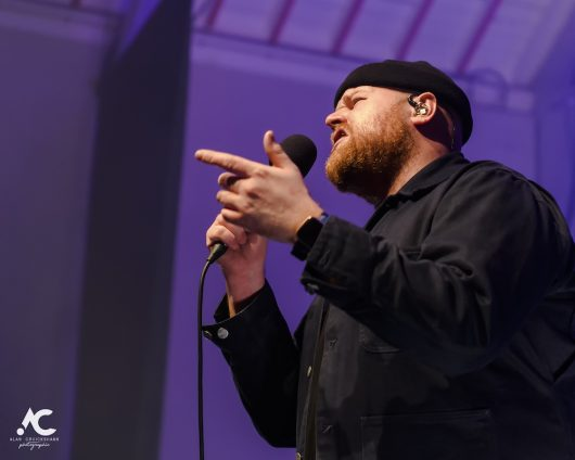 Tom Walker Strathpeffer Pavilion February 2020 13 530x424 - Tom Walker, 7/2/2020 - Images and Review
