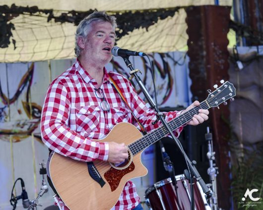 Jim Kennedy Medicine Music July 2020 16a 530x424 - Virtual Hootananny Potting Shed Stage 31/7/2020 - Images