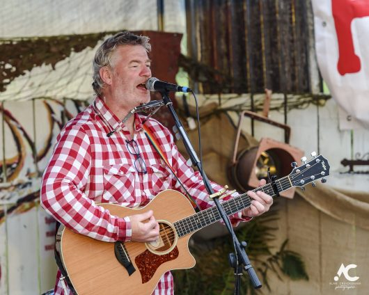 Jim Kennedy Medicine Music July 2020 22a 530x424 - Virtual Hootananny Potting Shed Stage 31/7/2020 - Images