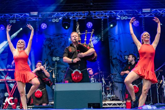 Red Hot Chilli Pipers at The Gathering Inverness September 2021 52c 530x353 - It's Time For The Gathering 2021 - Images